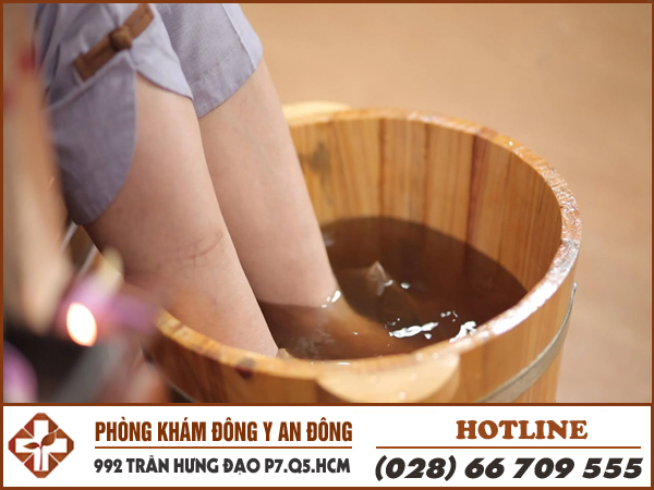 phuong phap ho tro chua benh di ung da bang dong y